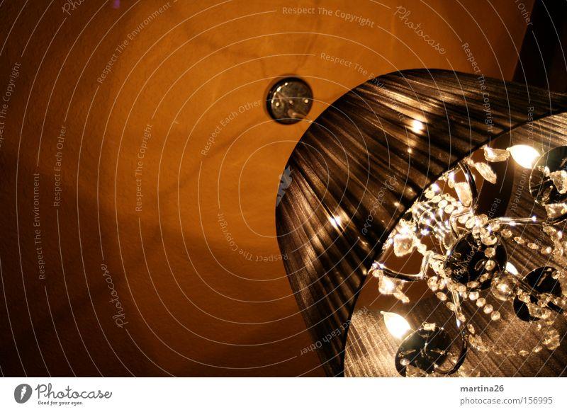 Klunkerlampe Lampe oben Stimmung braun Beleuchtung elegant Dekoration & Verzierung Schmuck Wohnzimmer hängen edel Decke Kristalle geschmackvoll
