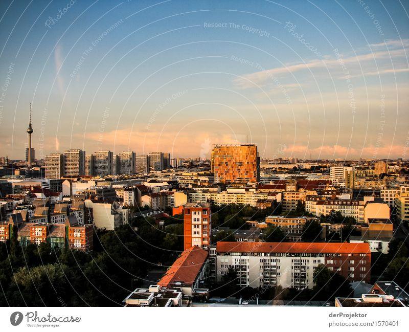 Berliner Skyline Ferien & Urlaub & Reisen Tourismus Ausflug Ferne Freiheit Sightseeing Städtereise Hauptstadt Haus Turm Bauwerk Gebäude Architektur