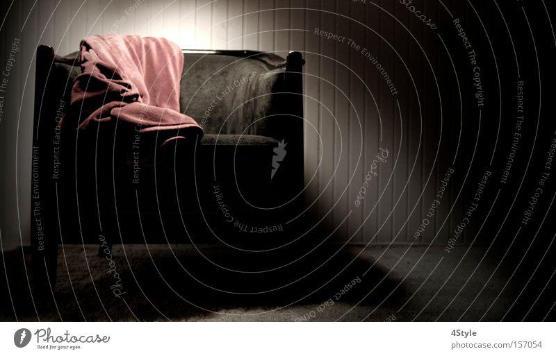 Lighted Chair Sessel Schatten Einsamkeit dunkel Möbel Stuhl Decke