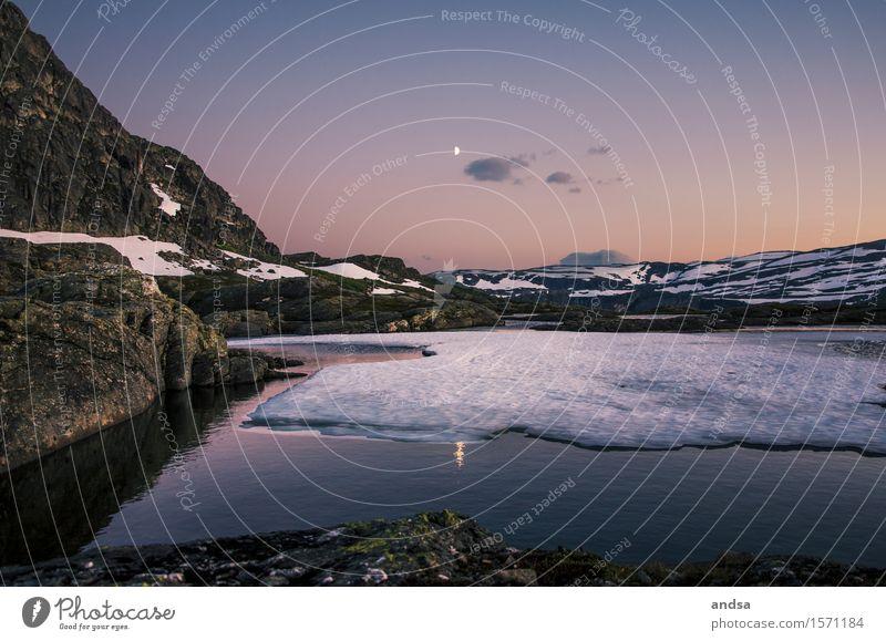 Trolltunga, Norway Ferien & Urlaub & Reisen Sommer Landschaft Einsamkeit Wolken Winter Ferne Berge u. Gebirge Schnee Freiheit See Felsen wandern Ausflug