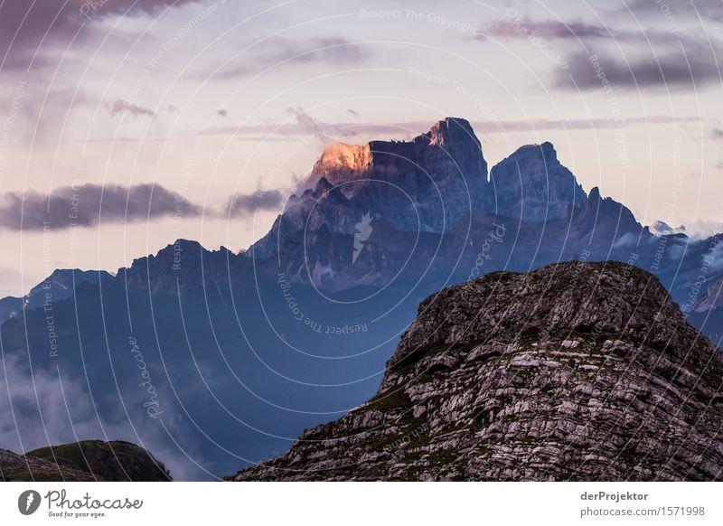 Sonnenaufgang in den Dolomiten 3 Ferien & Urlaub & Reisen Tourismus Ausflug Abenteuer Ferne Freiheit Berge u. Gebirge wandern Umwelt Natur Landschaft Pflanze
