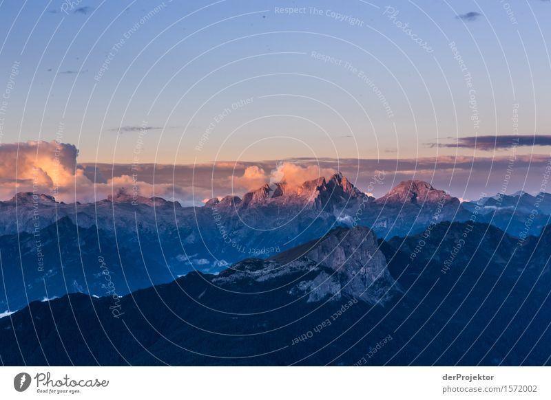 Morgendämmerung in den Dolomiten Ferien & Urlaub & Reisen Tourismus Ausflug Abenteuer Ferne Freiheit Berge u. Gebirge wandern Umwelt Natur Landschaft Pflanze