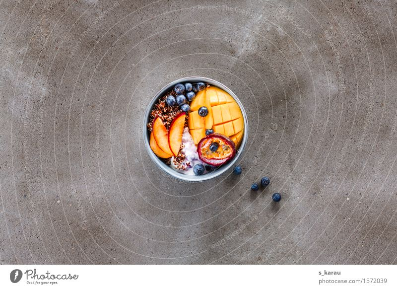 Quinoa und Früchte Lebensmittel Frucht Ernährung Frühstück Bioprodukte Vegetarische Ernährung Diät Schalen & Schüsseln Gesunde Ernährung frisch Gesundheit