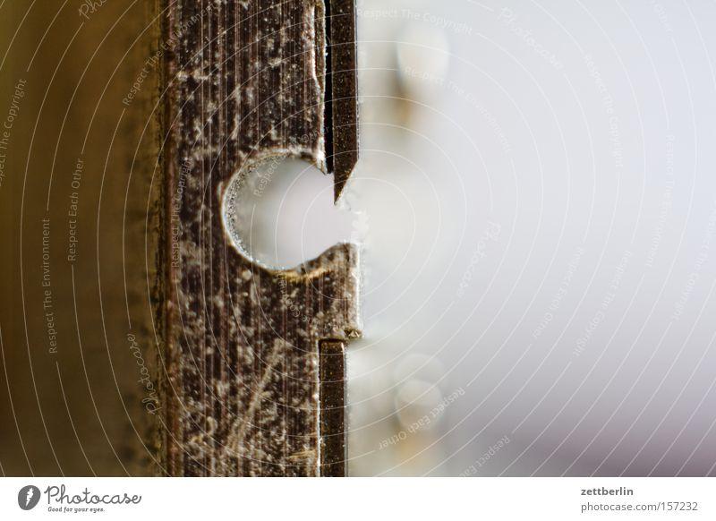 Spitz Spitze Anspitzer Schreibwaren Schreibtisch Makroaufnahme Nahaufnahme Kunst Kultur schulbedarf Klinge Scharfer Gegenstand