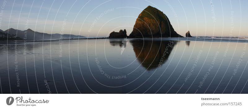 Wide Wet Beach Strand Meer See Wasser Pazifik Reflexion & Spiegelung Felsen Küste USA pacific reflection haystack coast Reflexion u. Spiegelung
