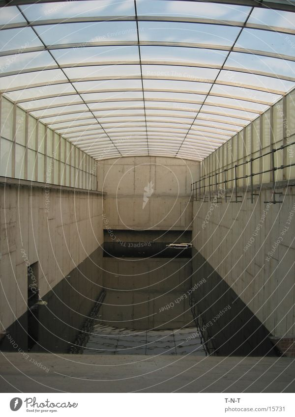 Innenteich Wasser Architektur Lagerhalle Teich Zisterne Klärwerk