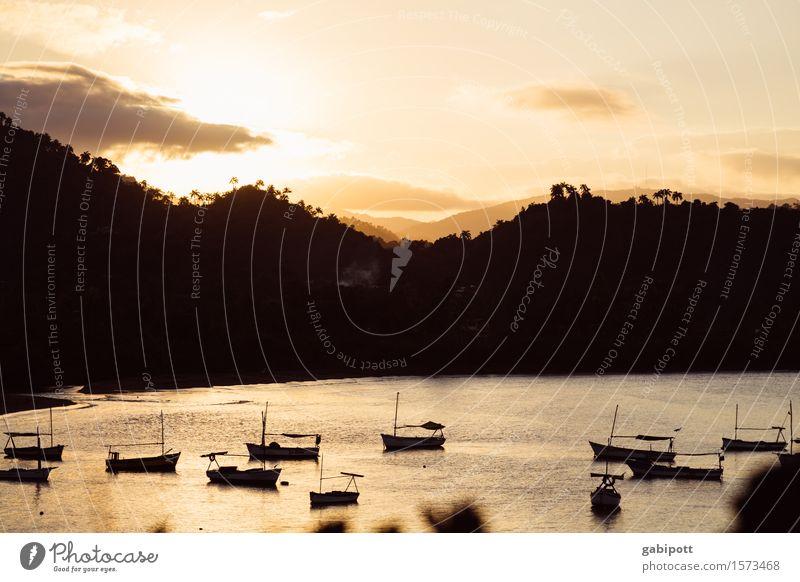 Baracoa | Kuba Natur Ferien & Urlaub & Reisen Sommer Sonne Landschaft Meer Erholung ruhig Ferne Strand Berge u. Gebirge natürlich Küste Tourismus braun orange