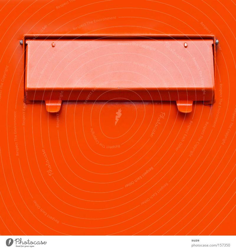 Posteinwurfkasten Briefkasten Metall eckig einfach Kontakt Schlitz Klappe anonym rot orange knallig Liebespost Liebesbrief Verabredung Farbfoto mehrfarbig