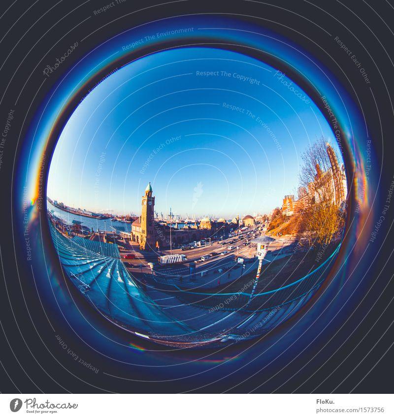 Fischauge aus dem Norden Tourismus Sightseeing Städtereise Flussufer Hamburg Deutschland Stadt Hafenstadt Stadtzentrum Treppe Sehenswürdigkeit Wahrzeichen