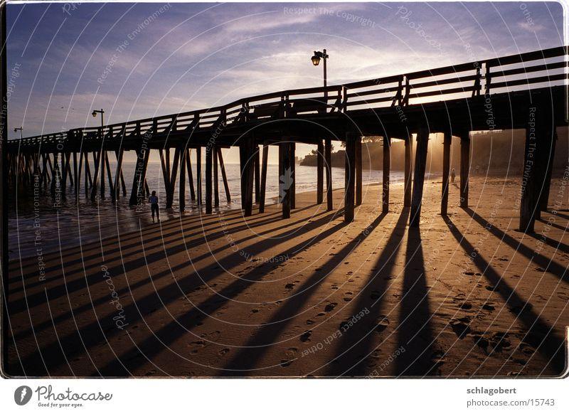 capitola, californien Steg Anlegestelle Strand Meer Sonnenuntergang Kalifornien Nordamerika Schatten