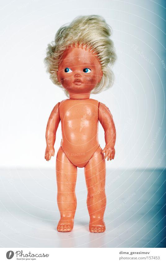 Puppe 3 Spielzug Angst Entsetzen Nacht Alptraum blau Beine Auge Behaarung Körper Panik Farbe Spielzeug Waffen Lippen Innenaufnahme