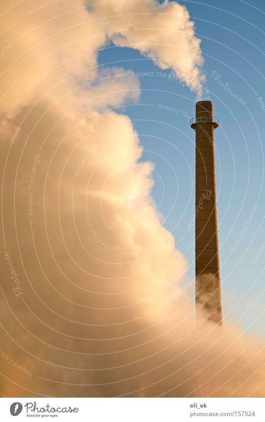Klimawandel Winter Umwelt hoch Klima Industrie rund Industriefotografie viele Fabrik Wolkenloser Himmel ökologisch Abgas Schornstein Klimawandel Umweltverschmutzung industriell