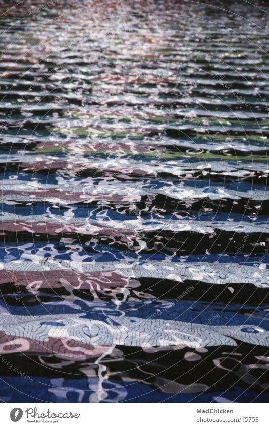 l'esplanade de la défense Wasser Architektur Design Europa Brunnen Paris Frankreich Becken Mosaik Wasserfontäne Moderne Architektur La Défense