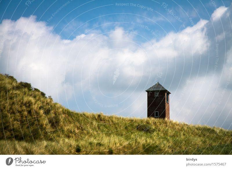 Turm in den Dünen Natur Himmel Wolken Küste Strand Stranddüne Dünengras ästhetisch authentisch frisch positiv blau braun gelb weiß Einsamkeit ruhig Farbfoto