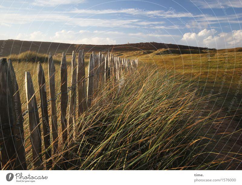 Spätsommer Himmel Natur Sommer Landschaft Einsamkeit Wolken Ferne Berge u. Gebirge Umwelt Leben Gefühle Wege & Pfade Gras Küste Zeit Stimmung