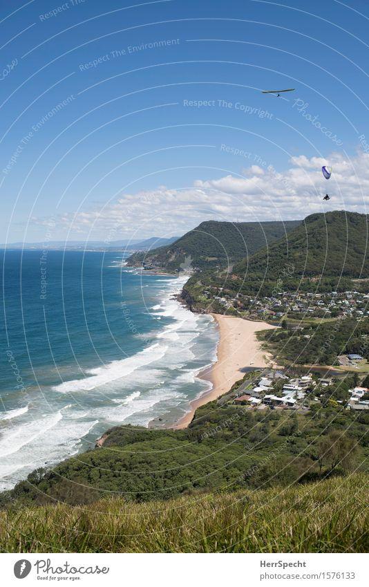 Stanwell Park with paraglider and hang glider Sport Gleitschirmfliegen Hängegleiter Drachenfliegen 2 Mensch Umwelt Natur Landschaft Himmel Wolken Sommer