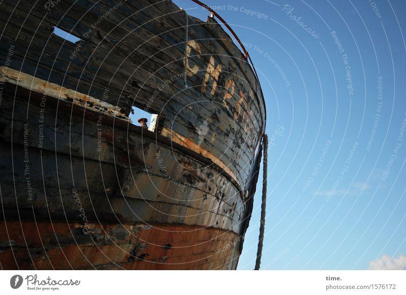Ruhestand Schönes Wetter Schifffahrt Seil Schiffswrack Schiffsplanken alt gruselig historisch kaputt maritim rebellisch rund trashig Ausdauer Traurigkeit Tod