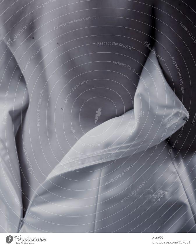 hochzeitsnacht nackt Rücken Haut Brautkleid entkleiden Reißverschluss Kleid