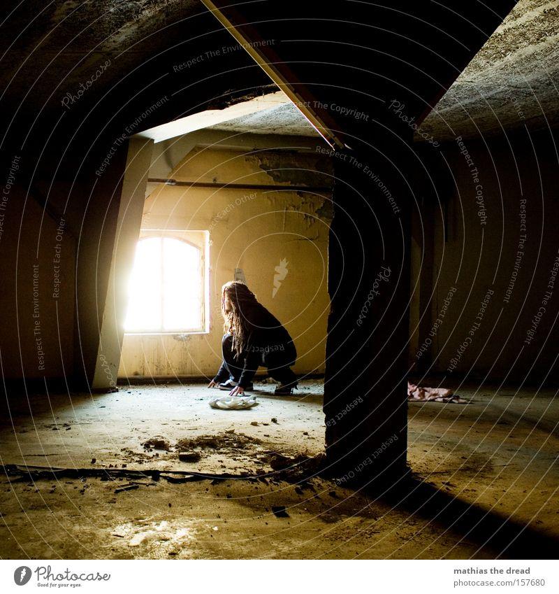 COME TO WHERE THE LIGHT IS Mann schön schwarz Einsamkeit dunkel Raum Beton Sicherheit verfallen geheimnisvoll Loch Örtlichkeit Lichtschein schleichen Schleichen