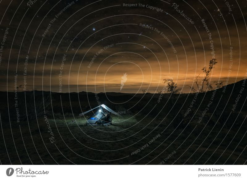 Desert Camping schön Ferien & Urlaub & Reisen Abenteuer Ferne Expedition Sommer Berge u. Gebirge Lampe Umwelt Natur Landschaft Himmel Wolken Nachthimmel