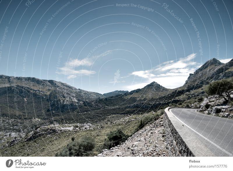 Serra de Tramuntana Mallorca Berge u. Gebirge Landschaft Natur wandern Pflanze Ferien & Urlaub & Reisen Himmel Wiese Aussicht Panorama (Aussicht) Bergsteigen