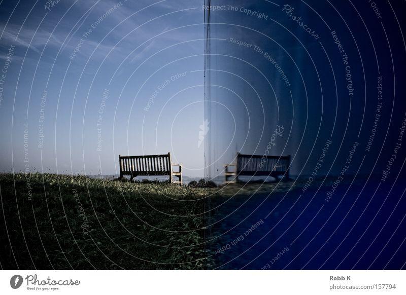 ziemlich einsam Himmel blau Einsamkeit ruhig Erholung Wiese Gras Garten Park Klarheit Bank Konzentration Sitzgelegenheit Parkbank