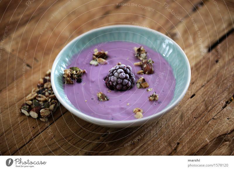 Snack Lebensmittel Dessert Süßwaren Ernährung Essen Frühstück Bioprodukte Gefühle Stimmung Brombeeren Beeren Müsli Korn Joghurt Kalorie Gesunde Ernährung