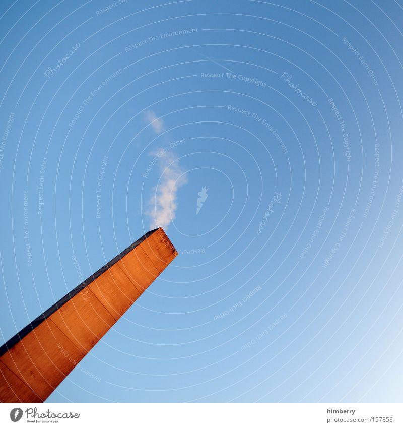 auf sparflamme Heizung Energie Emission ökologisch Energiesparer Abgas Schadstoff Schornstein Industriefotografie Fabrik Gebäude Kohlendioxid Rauch