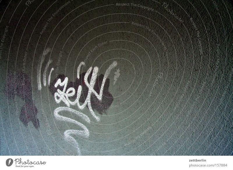 Zeit Graffiti Schriftzeichen Aufschrift Typographie Information Mitteilung Haus Wand Mauer Vandalismus beschmutzen Hausmeister Versicherung Kommunizieren