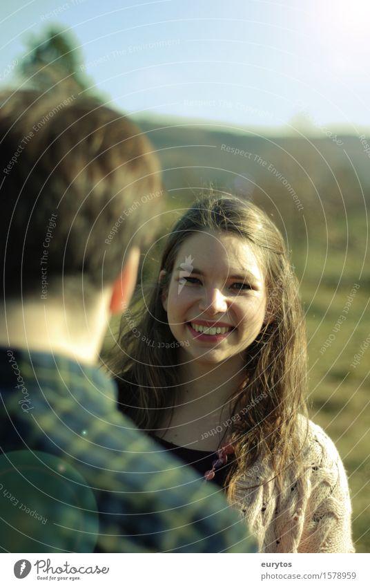 Frühlingserwachen 2 Mensch maskulin feminin Junge Frau Jugendliche Junger Mann Erwachsene 18-30 Jahre genießen lachen Freude Frieden Lächeln Paar Hochzeit
