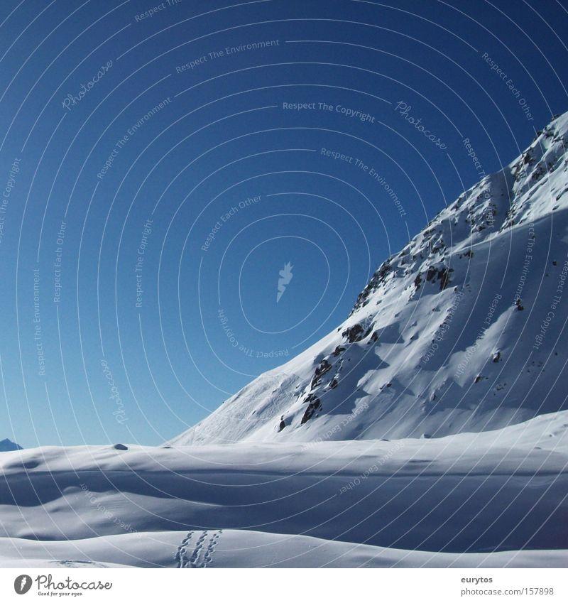 Hochgebirge Farbfoto Außenaufnahme Textfreiraum links Textfreiraum oben Tag Schatten Kontrast Silhouette Reflexion & Spiegelung Sonnenlicht Panorama (Aussicht)