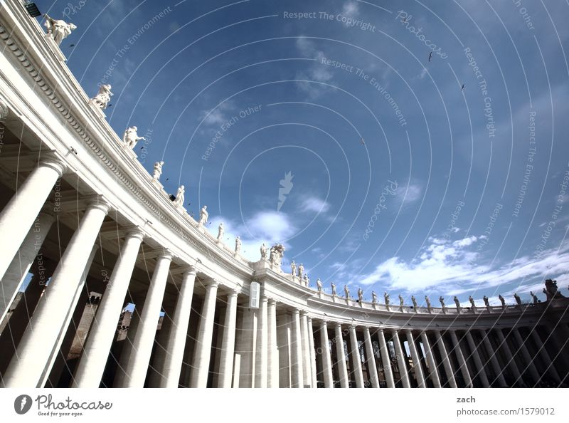 Säulen vor die Päpste werfen Himmel Ferien & Urlaub & Reisen Stadt blau weiß Wolken Religion & Glaube Tourismus Platz Italien Schönes Wetter historisch
