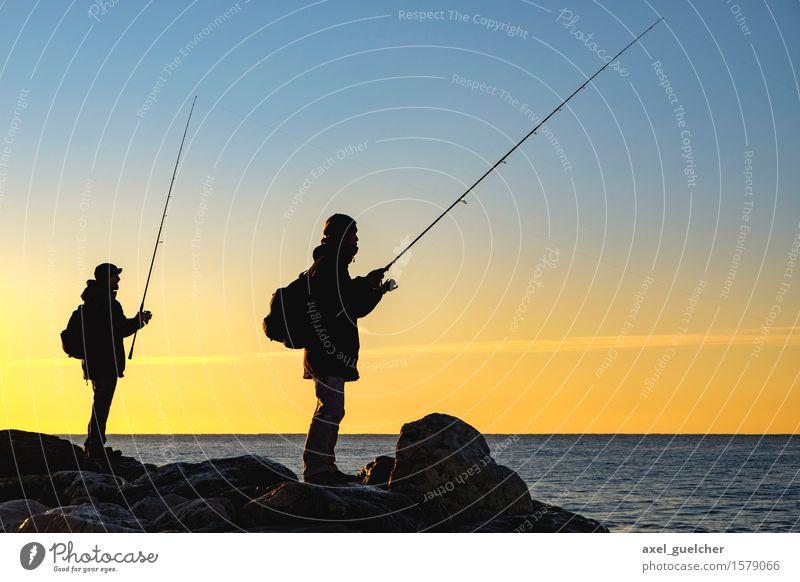Early Fish Mensch maskulin Junger Mann Jugendliche Erwachsene 2 18-30 Jahre 30-45 Jahre Natur Landschaft Wasser Himmel Sonnenaufgang Sonnenuntergang Frühling