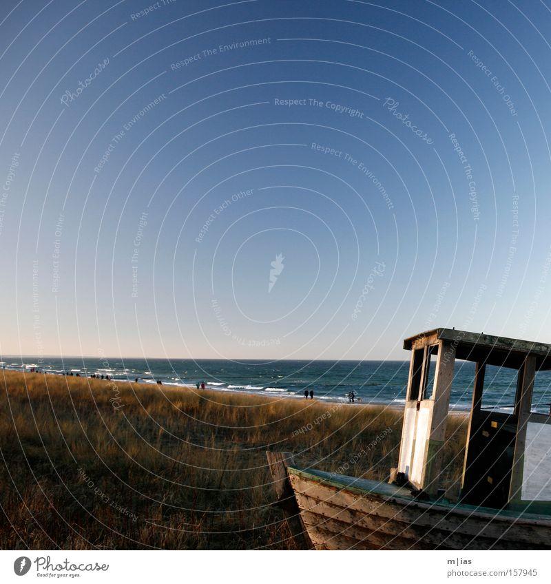 Urlaubsidee. Wasser Meer Sommer Strand Ferien & Urlaub & Reisen Erholung See Wasserfahrzeug Küste Romantik Idylle Schilfrohr Düne