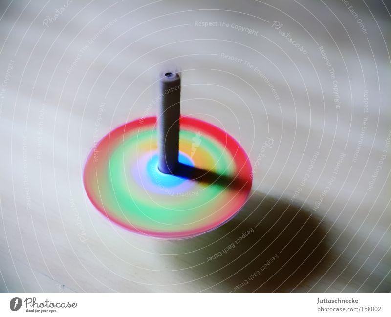 Twister Freude Spielen Kindheit Geschwindigkeit Spielzeug Kreativität Wissenschaften drehen mehrfarbig rotieren Drehung selbstgemacht Kreisel Achse