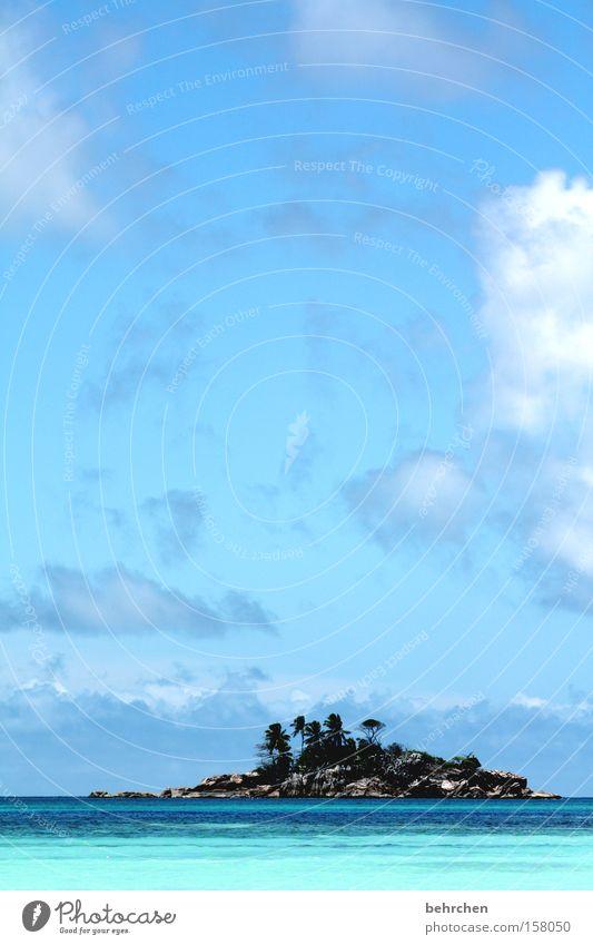 und, wie heißt die insel? Himmel Meer blau Strand Ferien & Urlaub & Reisen Wolken Ferne Freiheit Wellen Küste Felsen Ausflug Abenteuer Insel Tourismus Bucht