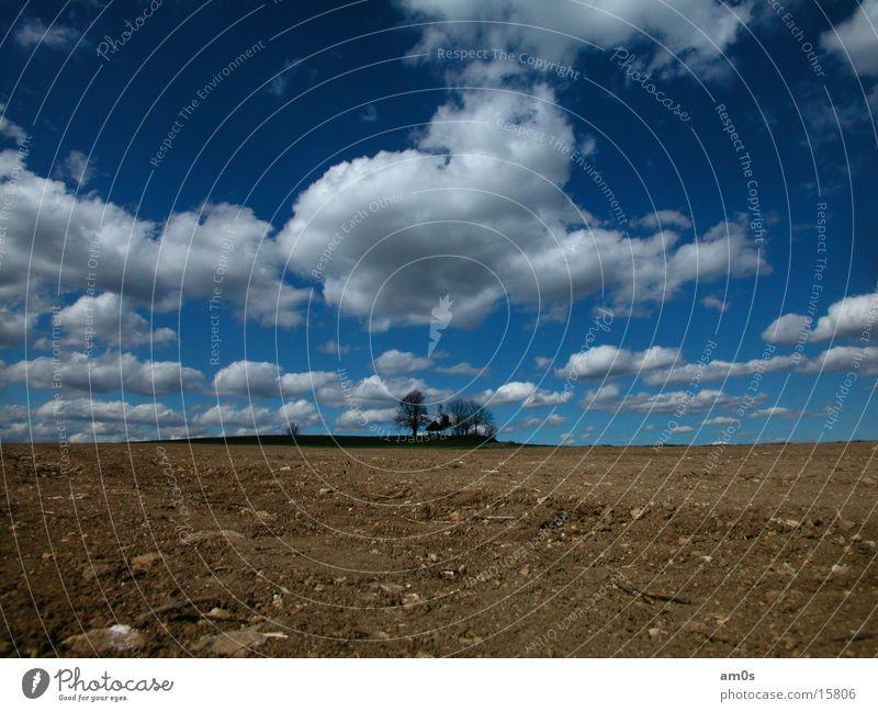Gupfen Himmel Wolken Berge u. Gebirge Feld groß Erde Hütte
