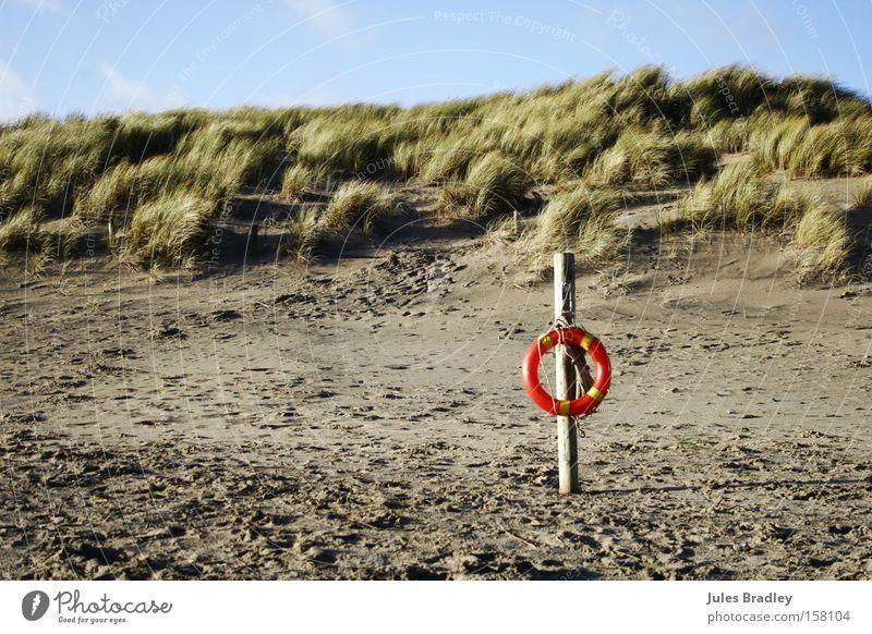 Wind, Sand & Dunes Strand Ferien & Urlaub & Reisen Einsamkeit Landschaft Küste Erde wild Fußspur Stranddüne Rettung Blauer Himmel Republik Irland Rettungsring