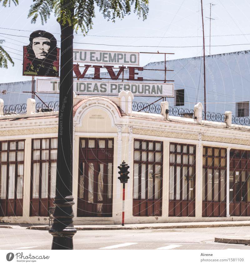 Che | Tuas ideas perduran? Cienfuegos Kuba Stadt Menschenleer Haus Gebäude Lokal Halle Fassade Sehenswürdigkeit Wahrzeichen Denkmal Schriftzeichen