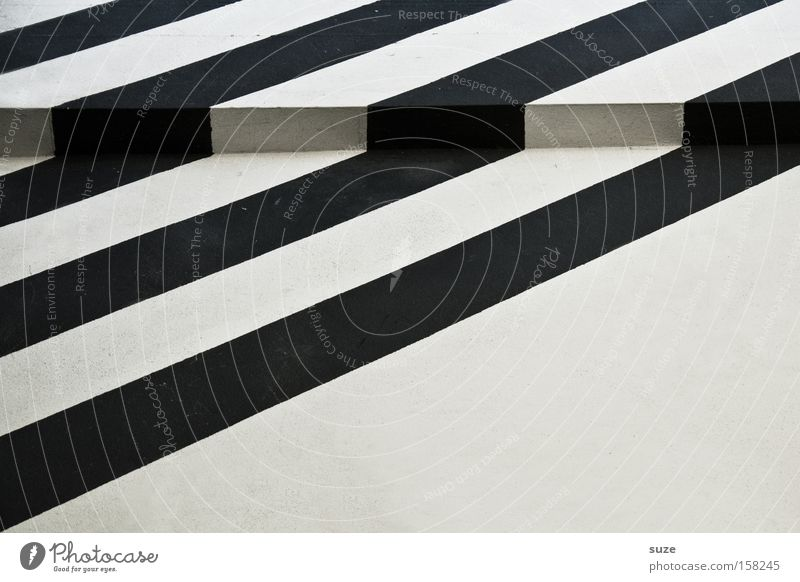 Stolperfalle Stil Design Haus Kunst Mauer Wand Fassade Linie Streifen eckig einfach schwarz weiß Balken Ecke Eckgebäude Wechseln hypnotisch Geometrie