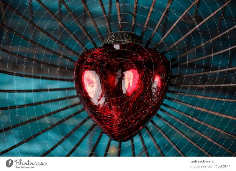 Rotes Herz Valentinstag Holz Glas Metall Rost Liebe retro schön blau rot türkis Treue Sehnsucht Einsamkeit geheimnisvoll Glück Idylle Leben Leidenschaft