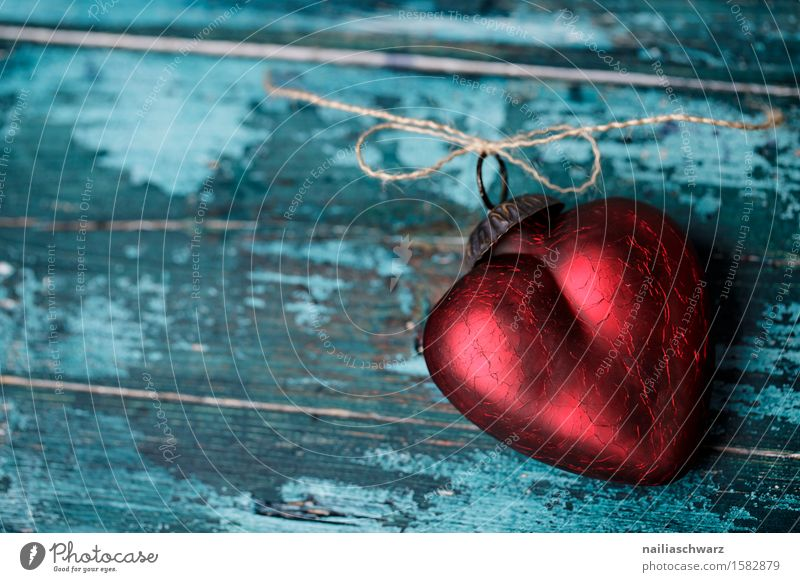 Rotes Herz Valentinstag Muttertag Holz Glas Liebe retro schön blau rot Sympathie Verliebtheit Romantik Lust Sex Menschlichkeit Liebeskummer Sehnsucht