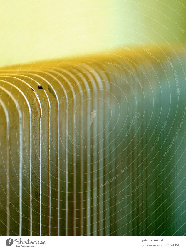 feinripp alt grün gelb Wärme Beleuchtung Technik & Technologie kaputt obskur Strahlung Heizkörper antik Temperatur Trödel Elektrisches Gerät