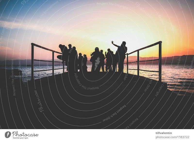 Sunset-Selfie Mensch Himmel Natur Ferien & Urlaub & Reisen Sommer Wasser Meer Erholung Landschaft Freude Ferne Strand Umwelt feminin Küste Glück