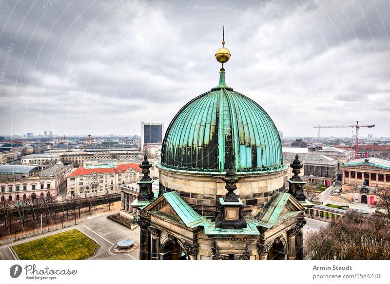 Berliner Dom Ferien & Urlaub & Reisen Stadt alt Wolken Haus Ferne Religion & Glaube Zeit Stimmung Horizont Tourismus Kirche Platz Gold Baustelle Turm