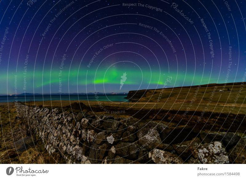 The the Lights of Scotland Himmel Natur Landschaft Umwelt Küste Mauer Luft Erde fantastisch Stern Urelemente Seeufer Wolkenloser Himmel exotisch Schottland
