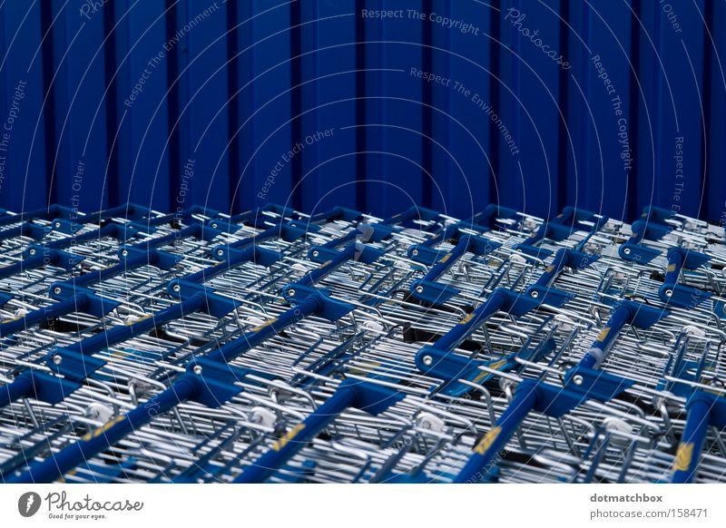 Blechmeer blau Meer Farbe Wand Horizont Verkehr Streifen Richtung obskur silber Silber vertikal Einkaufswagen horizontal Wellblech