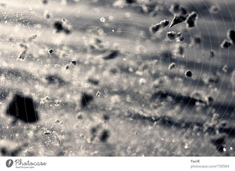 snowplosion Schnee Schneefall Schneebälle Schneeballschlacht Explosion werfen Fetzen Bruchstück Winter explodieren Schneeflocke blau kalt Frost Eis
