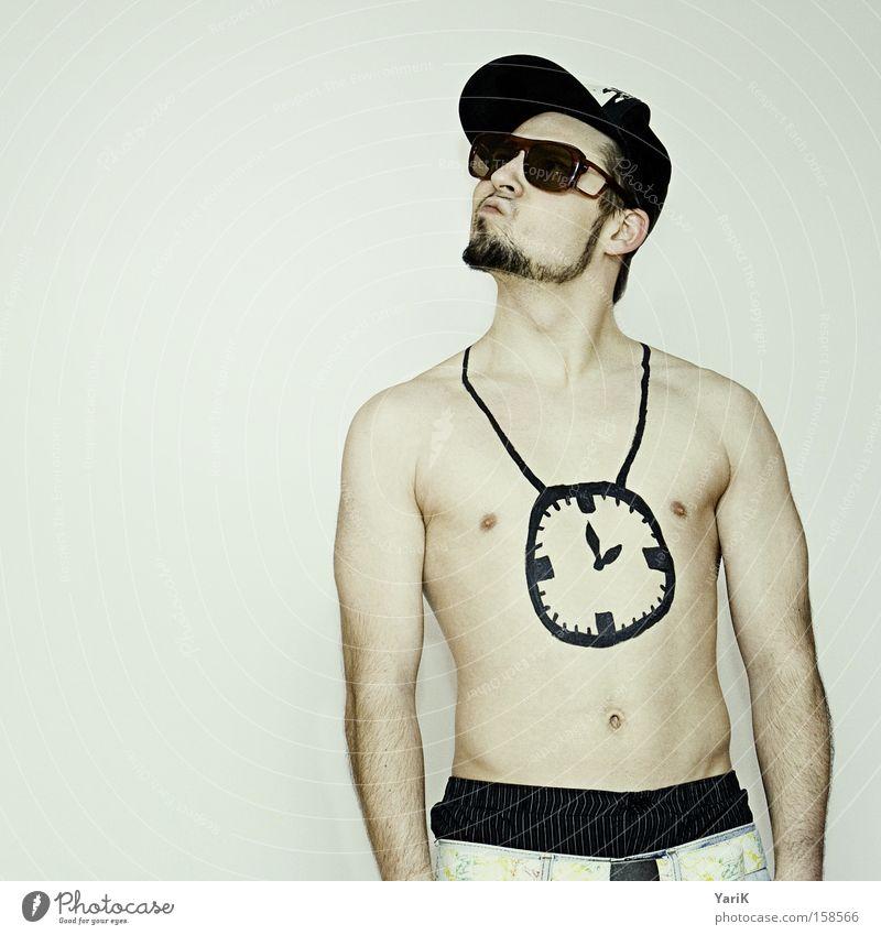 my clock hang low Mann nackt Uhr Brust Kette hängen Sonnenbrille trendy Hiphop Sprechgesang Brille Mütze Baseballmütze Mensch Kopfbedeckung
