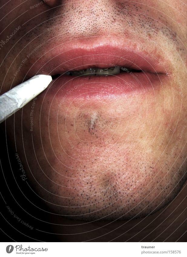 Auf dem Klo fragen alle nach Koks.... Zigarette Rauchen Tabakwaren Mund Kinn Dreitagebart Zähne Erholung Lippen Sucht Laster Schwäche gehorsam weich Hoffnung